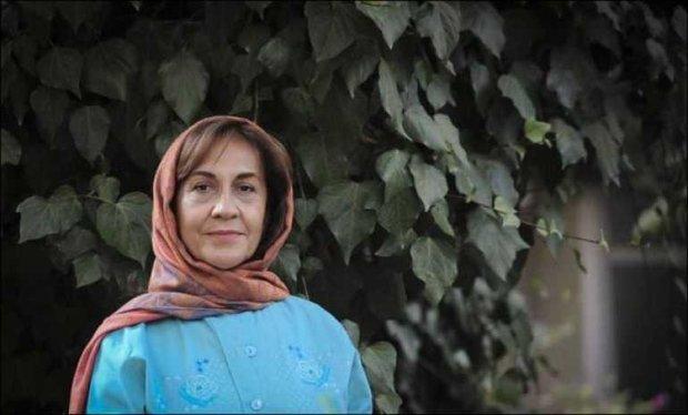 مراکز علمی و دانشگاهی برای احیای لباسهای سنتی ایران تلاش کنند